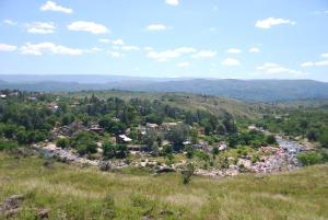 Mayu Sumaj vu des collines environnantes
