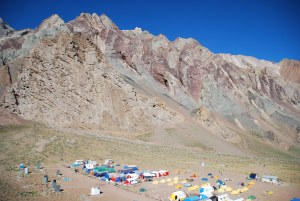 Le camp de base de Confluencia (3490m)