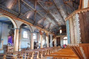 L'intérieur très ornementé de l'église d'Achao