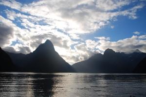 Le Milford Sound, au soleil couchant
