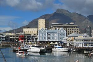 La vue des Table Mountains depuis le port